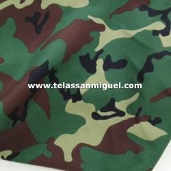 Strech estampado camuflaje fondo verde